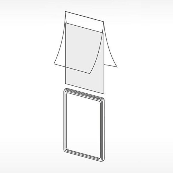 Plastični ramovi za obaveštenja - slika kako se ubacuje papir